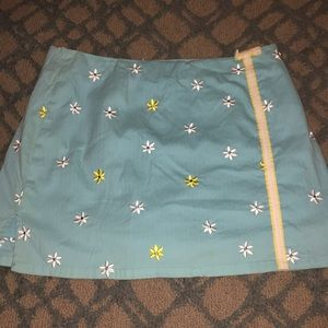 Lilly Pulitzer sz 12 mini embroidered daisy skirt
